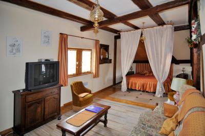 Maison thomas chambre d 39 hote ammerschwihr dans le for Chambre hote katzenthal