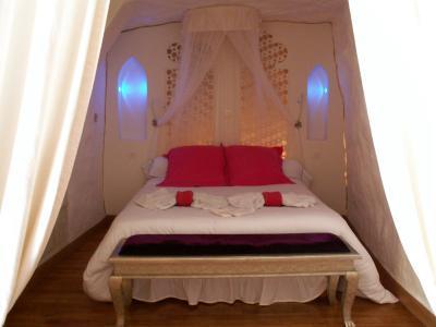 troglododo chambre d 39 hote azay le rideau dans le departement de indre et loire. Black Bedroom Furniture Sets. Home Design Ideas