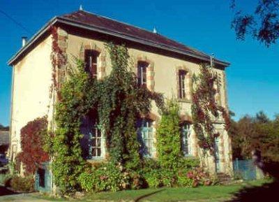 L 39 ecole buissonniere chambre d 39 hote la celle dunoise dans le departement de creuse - Chambre d hote argenton sur creuse ...