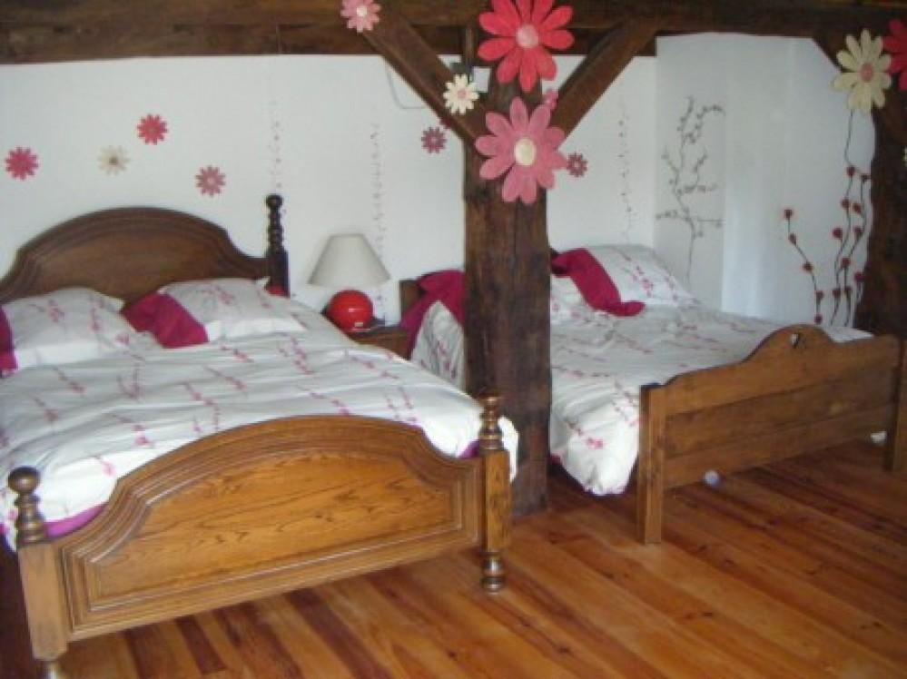La maison aux fleurs hernicourt sautricourt ventana blog - Difference entre gite et chambre d hote ...